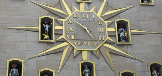 brussels-clock-belgium-tower-time-1